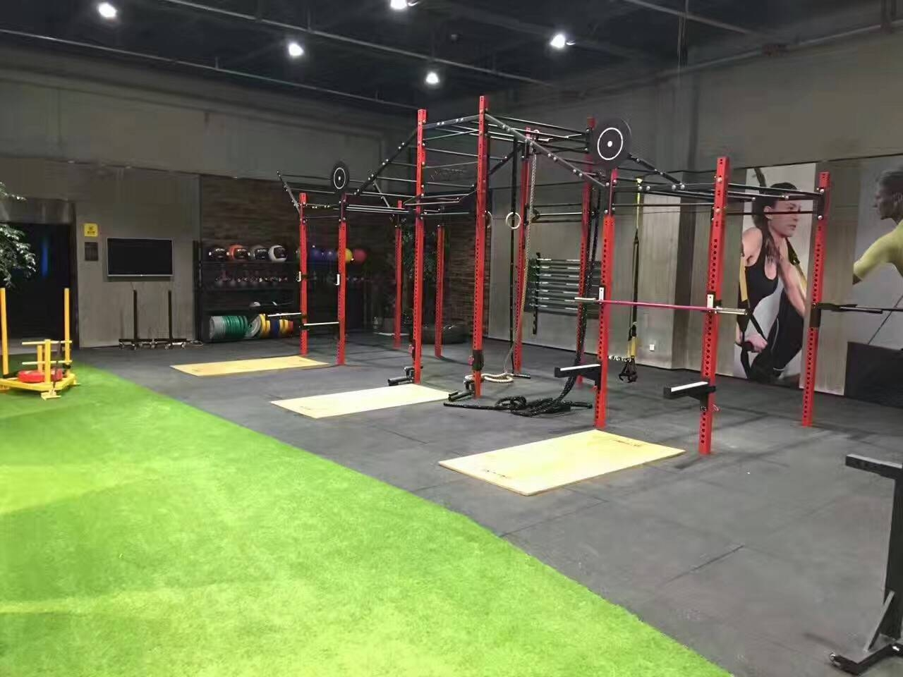 China Fitness Equipment Multifunctional Pull Up Station Cf